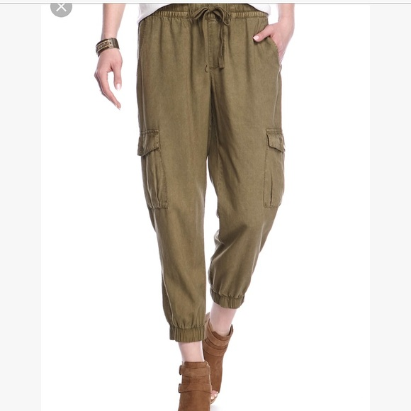 Anthropologie Pants - Cloth and stone army green cargo pocket joggers bd0c9ef47